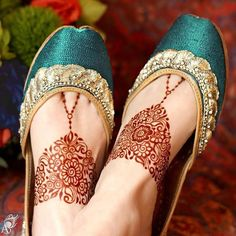 Hina, hina or of any other mehandi designs you want to for your or any other all designs you can see on this page. modern, and mehndi designs Mehndi Designs 2018, Mehndi Design Pictures, Mehndi Designs For Hands, Henna Tattoo Designs, Mehandi Designs, Mehndi Images, Dulhan Mehndi Designs, Leg Mehendi Design, Leg Mehndi