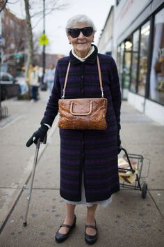 Old Women Aging Gracefully Ageing Street Style