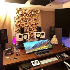 Your honest thoughts of this place please? Home Studio Setup, Studio Table, Home Studio Music, Studio Ideas, Sound Studio, Music Recording Studio, Recording Studio Design, Configuration Home Studio, Home Music Rooms