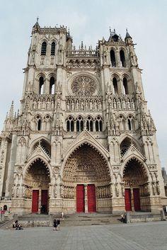 Façade de la cathédrale dAmiens, Picardie, France