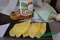 Coltunasi cu branza telemea Snack Recipes, Snacks, Chips, Dessert, Food, Cooking, Snack Mix Recipes, Appetizer Recipes, Appetizers