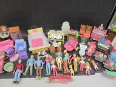 shopgoodwill.com: Fisher Price Loving Family Doll  Furniture People