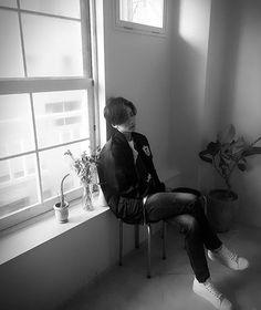 I swear jeonghan is going to give me a heart attack. . . . . .  . . . . #kpop  #bts  #bangtanboys #exo #seventeen #aoa #got7 #bigbang #blackpink #nct #fx #snsd  #winner #shinee  #twice  #apink #Hyuna #2ne1 #wondergirls  #4minuet #day6 #gfriend #monsterX #Vixx  #2pm  #TVXQ #BAP #BULLDOK  #BLOCKB