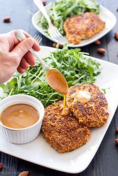 Sriracha Almond Crusted Pork Chops with Spicy Honey Mustard Sauce | Spicy almond crusted pork chops with an amazing sweet and spicy sriracha honey mustard sauce!