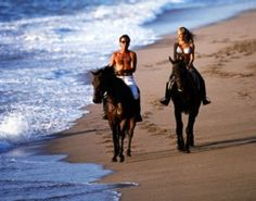 Horseback riding on the beach in Hawaii... Go Ride, Vacation Spots, Dream Vacations, Vacation Destinations, Romantic Things To Do, Most Romantic, Places To Go, Places To Travel, Cannon Beach