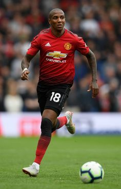 Ashley Young of Manchester United runs with the ball during the Premier League match between Brighton & Hove Albion and Manchester United at American Express Community Stadium on August 2018 in Brighton, United Kingdom. Premier League Logo, Chelsea Premier League, Manchester United Premier League, Manchester United Legends, Manchester United Football, English Premier League, Premier League Matches, Brighton & Hove Albion, Brighton And Hove
