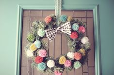 Pompom Christmas wreath. Just found my new, favorite artist/crafter!!!