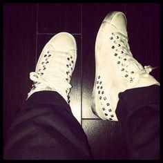 #fashion #fashionable #instafashion #fashiondiaries #fashionstyle #fashionstudy #fashionblogger #outfit #tagstagramers #shoes #highheels #heels #stilettos #boots #footwear #sandals #brogues #laces #golook #instashoes #shoesoftheday #platforms #shoe #tagsta #tagsta_fashion #crimefashion #instagood #sneakers
