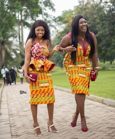 Ghanaian's Kente Styles Slay For Days African Dresses For Kids, African Wear Dresses, Latest African Fashion Dresses, African Print Fashion, Africa Fashion, African Attire, Ankara Fashion, Ghana Fashion, African Clothes