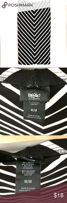 Mossimo - Black and White Skirt Size Medium - Straight Pencil Skirt. Great Condition! Skirts Pencil