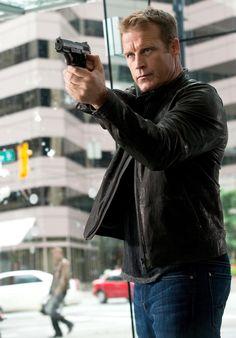 Mark Valley as Christopher Chance in Human Target Beaux Gosses, Mec, Mark Valley, Comédiens, Stars De Cinéma