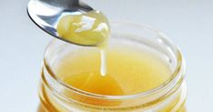 Having trouble falling asleep? Fall asleep faster with honey! A fast-acting and beneficial sleeping solution. We all know that honey can be as effective in trea Fake Honey, Natural Honey, Natural Hair, Cough Remedies, Home Remedies, Natural Remedies, Diy Hair Treatment, Hair Treatments, Natural Treatments