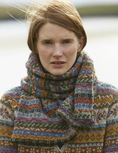 SHETLAND is a collection of 12 Fair Isle handknit designs for women by Marie Wallin using Jamieson's of Shetland Spindrift Punto Fair Isle, Motif Fair Isle, Fair Isle Knitting, Hand Knitting, Fair Isle Pullover, Loom Knitting Patterns, Knitting Tutorials, Stitch Patterns, Shetland Wool