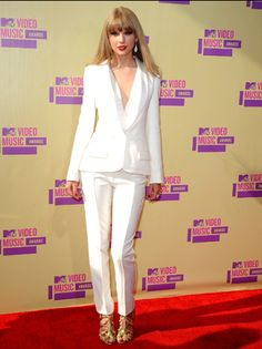Taylor Swift photographed on the red carpet at the 2012 MTV Video Music Awards in Los Angeles. | MTV Photo Gallery