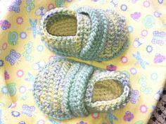 The inspiration behind this pattern was to create a classic design that is both EASY to crochet and FUN to create...oh yeah, theyre comfortable