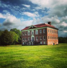 Built between 1738 and 1742, Drayton Hall is the oldest preserved plantation house in America that is open to the public.