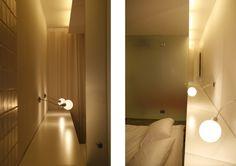 Ideas de #Casas de #Dormitorio, estilo #Moderno diseñado por Esther Hervás Arquitecto con #Cabecero de cama #Iluminacion #Almacenamiento  #CajonDeIdeas