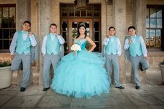 quinceanera photography - the dress is amazing, I know one girl who would too