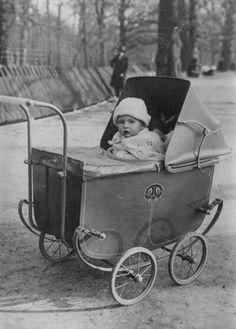 Ouderwetse kinderwagens