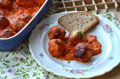 Parmazánové kuřecí kuličky v tomatové omáčcce