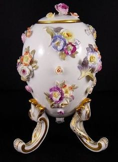 Fabulous Antique Meissen Footed Egg Vase Jar Applied Flowers Crossed XXs NR (06/09/2012)