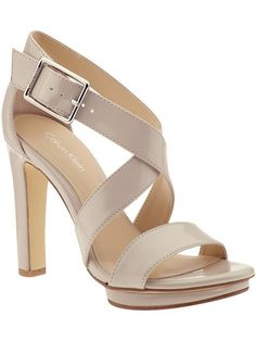Simple nude strappy shoe