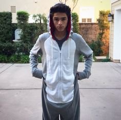 Brent in his shark onesie ❤ Boy Celebrities, Celebs, Youtube Boyfriend, Shark Onesie, Ricky Dillon, Brent Rivera, Joey Graceffa, People Videos, Magcon
