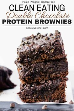 These rich and fudgy black bean protein brownies are the perfect post-workout treat! This super healthy snack is entirely flourless gluten-free vegan dairy-free egg-free refined sugar-free and nut-free. Naturally sweetened with maple syrup and filled Healthy Protein Snacks, Healthy Dessert Recipes, Healthy Baking, Healthy Desserts, Gourmet Recipes, High Protein Desserts, Low Fat Desserts, Healthy Food, Raw Food