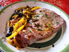 Atún con pimientos y cebolla - Atún con pimientos, puerros y cebolla - Tonno con peperoni gialli e cipolla - Tuna with peppers and onions