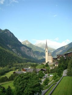 Sights and excursions (summer) in East Tyrol, Austria.  See the best of what this region of Austria has to offer. Your organised bus tour will visit several well known destinations and many lesser known places too.  € prices on request.  More info www.adventureaustria.com.  Tailor made holiday packages in Austria to suit your own requirements.