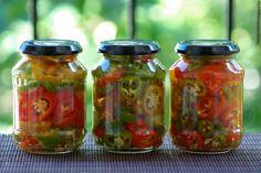 A Chili Paprika Savanyítása Yummy Food, Tasty, Baby Carrots, Vegan Recipes Easy, Chili, Preserves, Pickles, Cucumber, Mason Jars