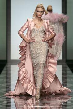 Valentino at Couture Fall 2007 - StyleBistro