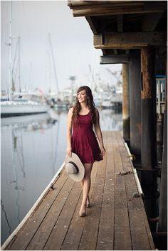 Senior Portraits | Nautical Beach | Laura Hernandez Photography