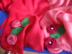 sciarpa tono rosa-rossa di uncinettotuttomatto su DaWanda.com