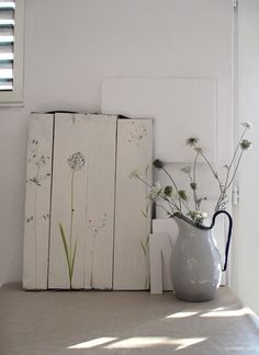 diy art - rough wood with simple drawing. love this!