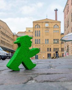 One of my favorite places to hang out! #LittleGreenMan #AmpelmannWorld #FollowAmpelmann #ampelmannLifestyle #Berlin