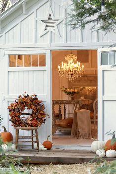 Rustic Fall Decor, Fall Home Decor, Autumn Home, Autumn Fall, Cottage Porch, Cozy Cottage, Backyard Cottage, Cottage Ideas, French Country Cottage