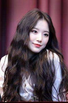 190331 Fansign At InternationalYouth Center Kpop Girl Groups, Korean Girl Groups, Kpop Girls, My Girl, Cool Girl, Fandoms, Soyeon, Hyuna, Neverland