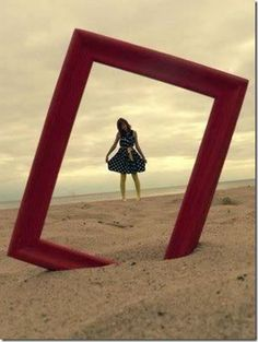 every one gets a frame on the beach/one giant frame