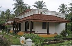 44 trendy farmhouse exterior simple dream homes Kerala Traditional House, Traditional House Plans, Traditional Homes, Indian Home Design, Kerala House Design, Village House Design, Village Houses, Hacienda Style Homes, House Plans Mansion