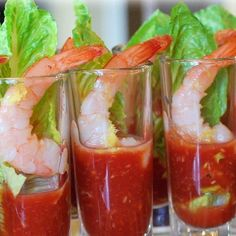 Shrimp Shooters with Homemade Cocktail Sauce- Amee's Savory Dish Party Snacks, Appetizers For Party, Appetizer Recipes, Christmas Party Food, Christmas Appetizers, Christmas Party Ideas For Adults, Party Food Ideas For Adults Entertaining, Shooter Recipes, Homemade Cocktail Sauce
