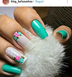 Top 20 Beautiful Spring Manicure in Green Colors of Hot Nails, Pink Nails, Hair And Nails, Toe Nail Designs, Beautiful Nail Designs, Gorgeous Nails, Pretty Nails, Super Nails, Fancy Nails