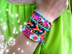 Gold Chain Jewelry Neon Chevron Boho  Friendship Bracelet - Stretchy Bracelet Howlite turquoise with spikes - Set of 2