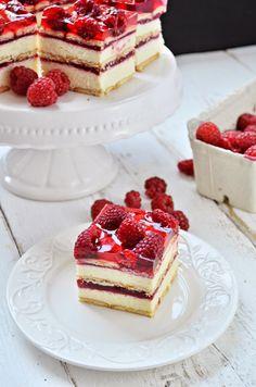 Kuchnia w zieleni: ciasta bez pieczenia - Ciasto grysikowe z malinami