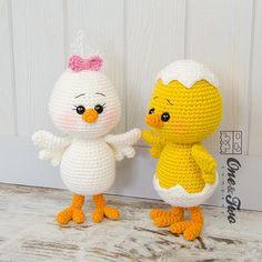 Mesmerizing Crochet an Amigurumi Rabbit Ideas. Lovely Crochet an Amigurumi Rabbit Ideas. Amigurumi Toys, Crochet Patterns Amigurumi, Crochet Dolls, Amigurumi Tutorial, Mobiles En Crochet, Crochet Mobile, Chicken Pattern, Crochet Chicken, Easter Crochet Patterns