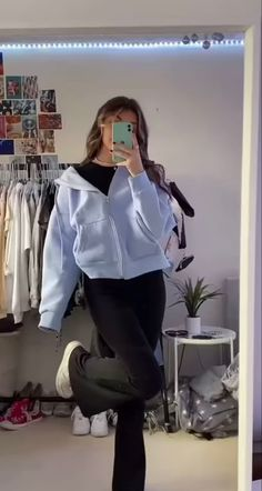 Teen Fashion Outfits, Mode Outfits, Retro Outfits, Cute Casual Outfits, Look Fashion, Stylish Outfits, Girl Outfits, Looks Pinterest, Mode Kpop