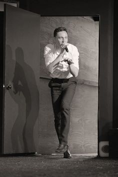Hiddles fans~  no introduction needed~  this is VelocirapTOM!  Re-enacting the kitchen scene in JP.  NerdHQ/SDCC, July 21, 2013