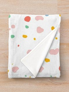 Dots Design, Edge Design, Granite, Your Child, Blankets, Looks Great, Comforters, Finding Yourself, Stains