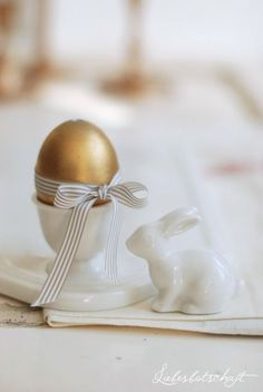 Easter egg with #bow