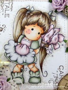 Copics:  Haut/Skin: E13-E11-E00-E000-E0000  Wangen/Cheeks: R20-R00  Haare/Hair: E49-E47-E44-E43-E42-E41  Kleidung/Clothes: BG96-BG93-BG90  RV95-RV93-RV91-N3-N1-N0  Blume/Flower: RV95-RV93-RV91-E77-E72-E70  Hintergrund/Background: W3-W1-W0-Blender 0